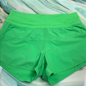Lululemon lime green shorts size 6 EUC